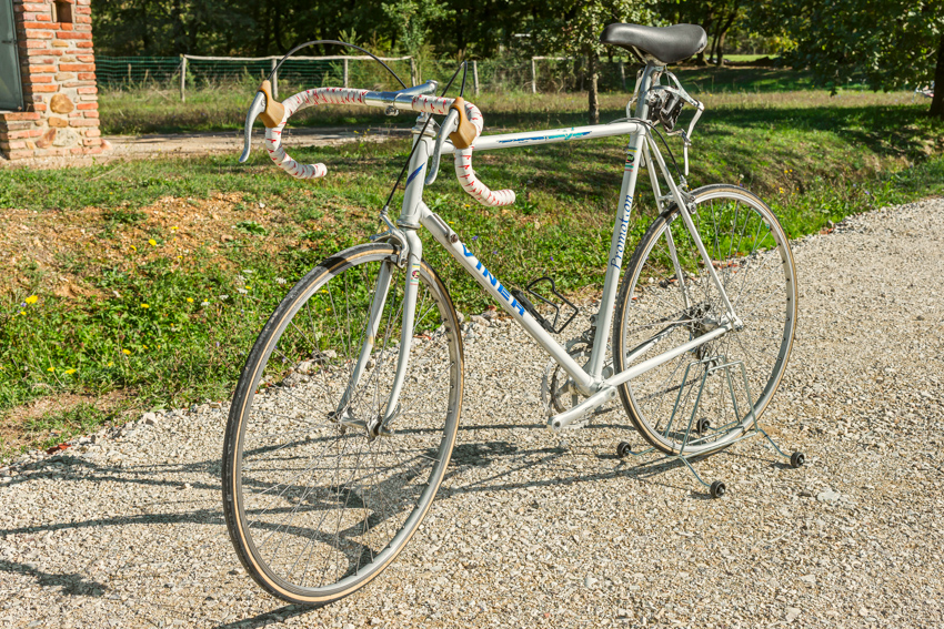 VINER PROMOTION vintage bike tuscany biking tour