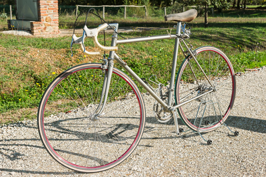 OLMO vintage bike tuscany biking tour